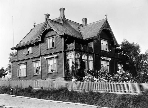 Gamle_stakittegjerder_villa_1910