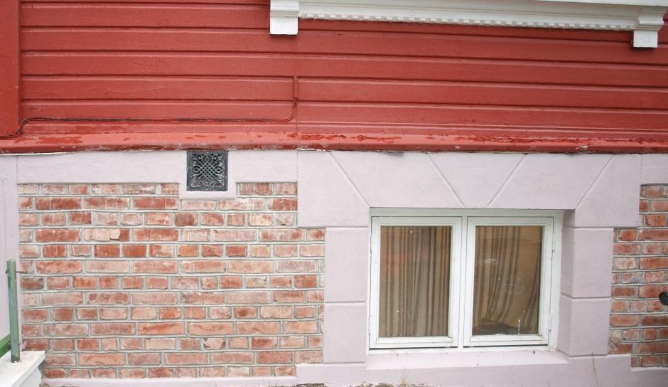 Murmaling gammel pusset mur